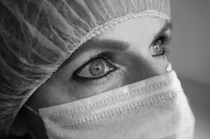 Nurse Flu Vaccination